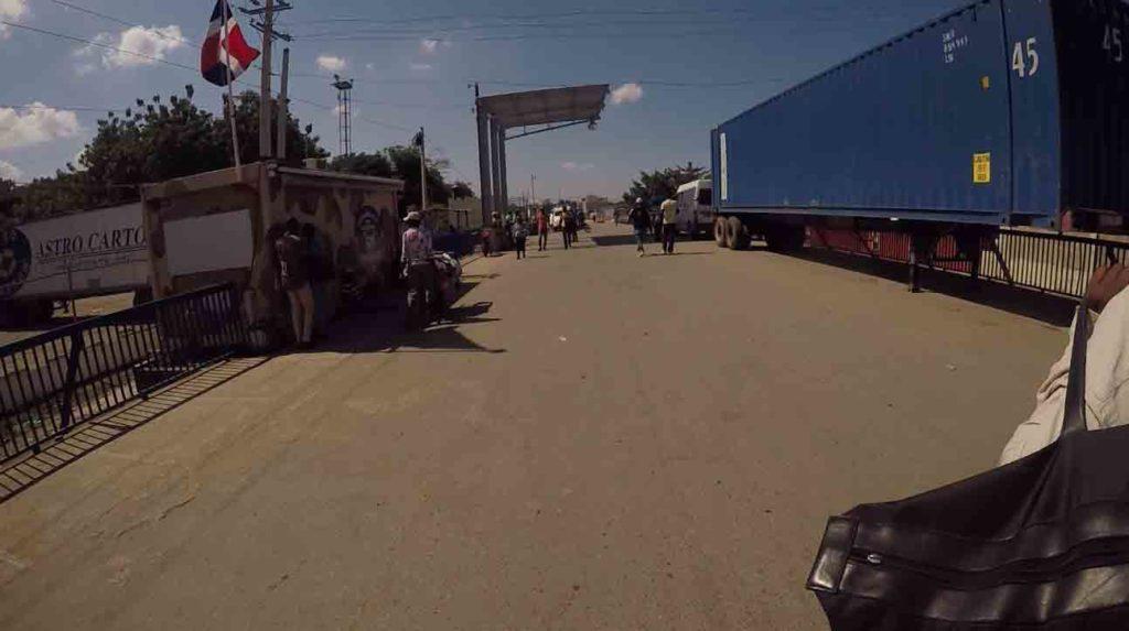 Paso Fronterizo Haití - República Dominicana